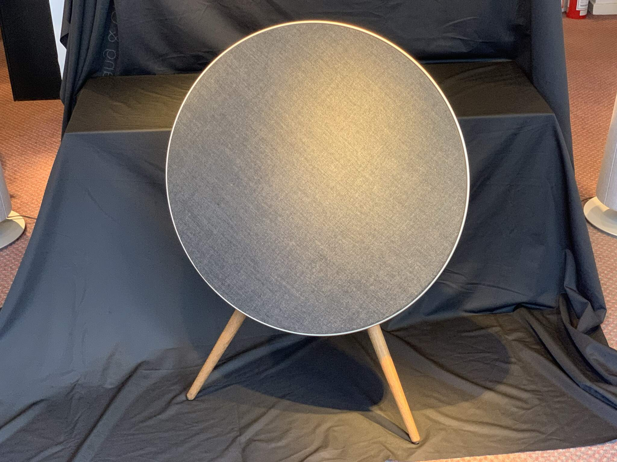 BeoPlay A9 MK3 Smoaked Oak